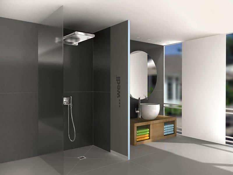 Les-systèmes-WEDI-de-panneaux-prêt-à-carreler-pour-construire-simplement-votre-douche-à-l'italienne